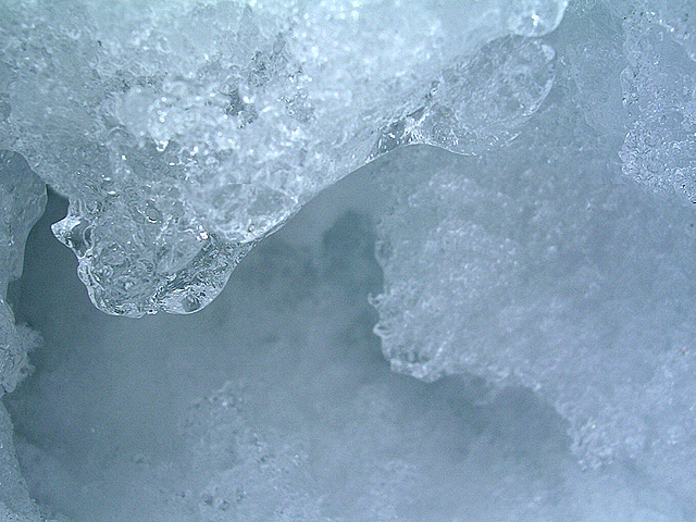 snowscene09_m.jpg